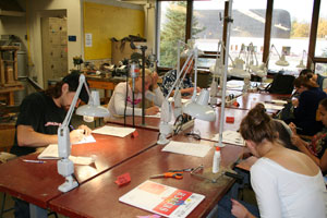 photo metalsmithing studio