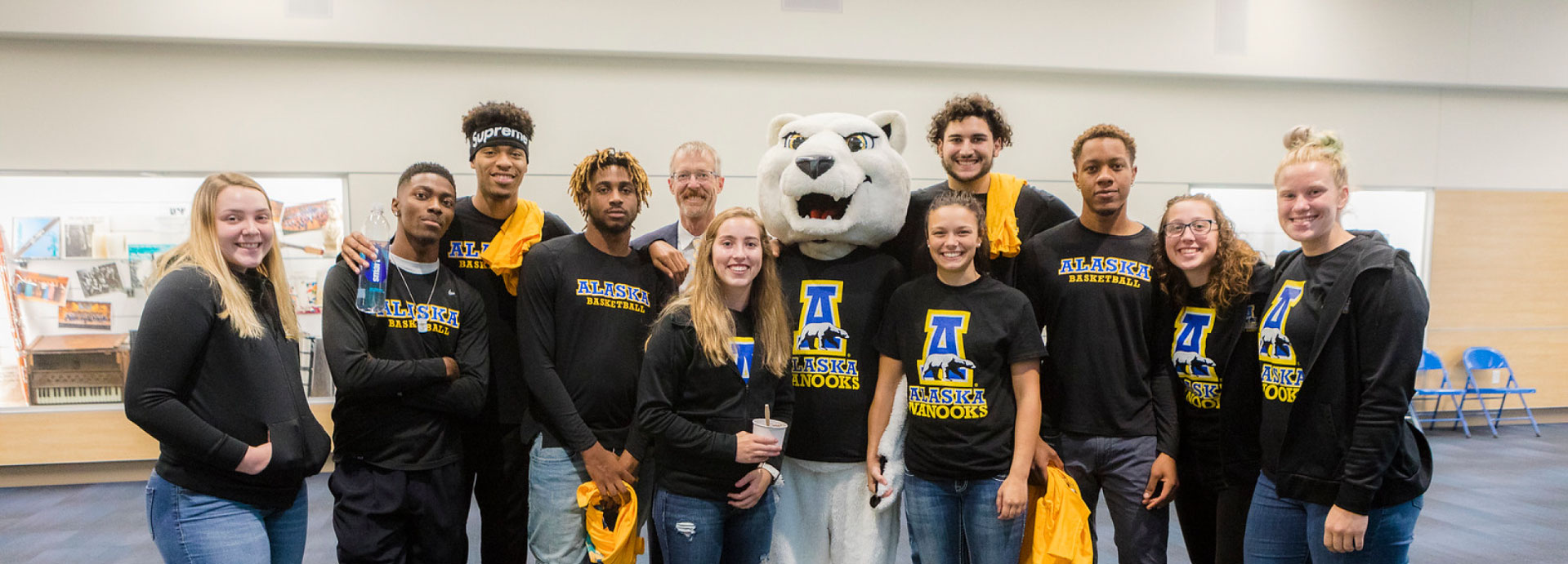 Chancellor White meets with Alaska Nanooks student athletes