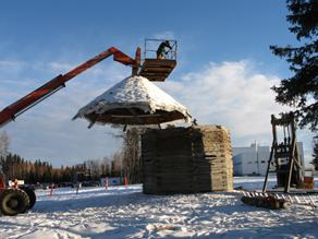 Lifting off the Kolmakovsky blockhouse roof